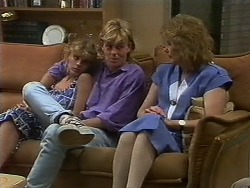 Charlene Robinson, Scott Robinson, Madge Ramsay in Neighbours Episode 0709