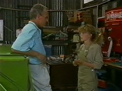 Jim Robinson, Charlene Mitchell in Neighbours Episode 0709