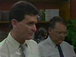 Des Clarke, Harold Bishop in Neighbours Episode 0709