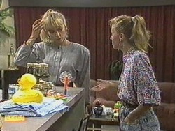 Jane Harris, Sally Wells in Neighbours Episode 0711