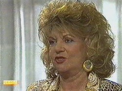 Gloria Lewis in Neighbours Episode 0711