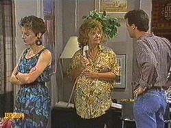 Gail Robinson, Gloria Lewis, Paul Robinson in Neighbours Episode 0712