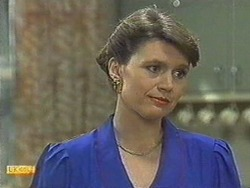 Beverly Robinson in Neighbours Episode 0713