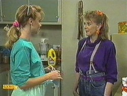 Sally Wells, Melanie Pearson in Neighbours Episode 0713