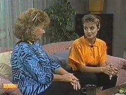Gloria Lewis, Gail Robinson in Neighbours Episode 0713