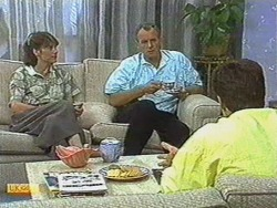 Beverly Robinson, Jim Robinson, Paul Robinson in Neighbours Episode 0713