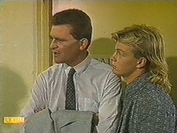 Des Clarke, Scott Robinson in Neighbours Episode 0717