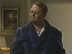Harold Bishop in Neighbours Episode 0717