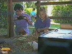 Lucy Robinson, Katie Landers in Neighbours Episode 0718