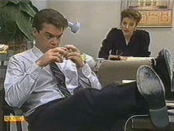 Paul Robinson, Gail Robinson in Neighbours Episode 0718
