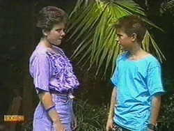 Lucy Robinson, Todd Landers in Neighbours Episode 0718