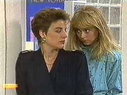 Gail Robinson, Jane Harris in Neighbours Episode 0720