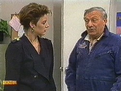 Gail Robinson, Rob Lewis in Neighbours Episode 0720