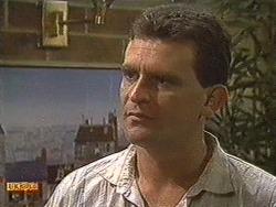 Des Clarke in Neighbours Episode 0720