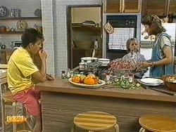 Todd Landers, Katie Landers, Beverly Marshall in Neighbours Episode 0722