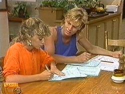 Charlene Mitchell, Scott Robinson in Neighbours Episode 0722