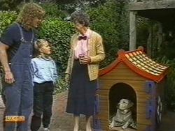 Henry Ramsay, Katie Landers, Nell Mangel, Bouncer in Neighbours Episode 0722