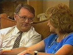 Harold Bishop, Madge Bishop in Neighbours Episode 0723