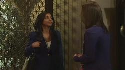 Priya Kapoor, Kate Ramsay in Neighbours Episode 6298