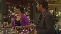 Jade Mitchell, Malcolm Kennedy in Neighbours Episode 6300