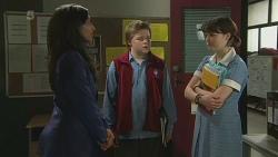 Priya Kapoor, Callum Jones, Sophie Ramsay in Neighbours Episode 6300