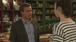 Paul Robinson, Kate Ramsay in Neighbours Episode 6300