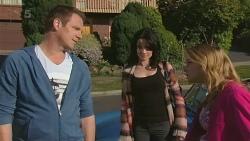 Michael Williams, Emilia Jovanovic, Natasha Williams in Neighbours Episode 6301