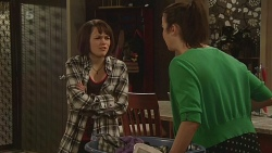 Sophie Ramsay, Kate Ramsay in Neighbours Episode 6302