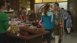 Kate Ramsay, Jade Mitchell, Kyle Canning in Neighbours Episode 6303