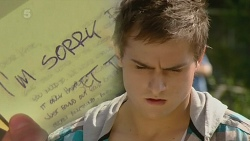 Kyle Canning in Neighbours Episode 6303