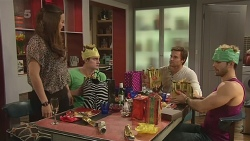 Jade Mitchell, Kyle Canning, Rhys Lawson, Dane Canning in Neighbours Episode 6305