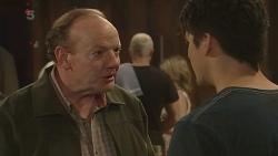 Warren Burrell, Chris Pappas in Neighbours Episode 6305