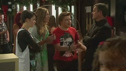 Sophie Ramsay, Sonya Mitchell, Callum Jones, Paul Robinson in Neighbours Episode 6309