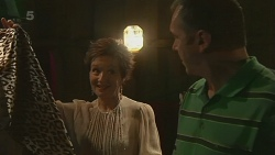Susan Kennedy, Karl Kennedy in Neighbours Episode 6309