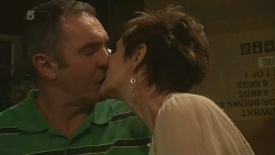 Karl Kennedy, Susan Kennedy in Neighbours Episode 6309