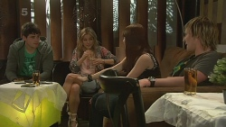 Chris Pappas, Natasha Williams, Summer Hoyland, Andrew Robinson in Neighbours Episode 6310