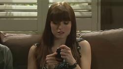 Summer Hoyland in Neighbours Episode 6310