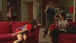 Kate Ramsay, Lucas Fitzgerald, Emilia Jovanovic in Neighbours Episode 6311