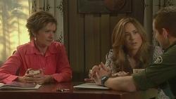 Susan Kennedy, Sonya Mitchell, Toadie Rebecchi in Neighbours Episode 6312