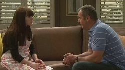 Summer Hoyland, Karl Kennedy in Neighbours Episode 6312