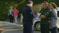 Paul Robinson, Susan Kennedy, Toadie Rebecchi, Sonya Mitchell in Neighbours Episode 6313