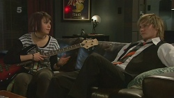 Sophie Ramsay, Andrew Robinson in Neighbours Episode 6315