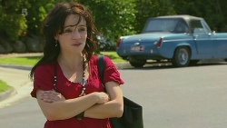 Emilia Jovanovic in Neighbours Episode 6315
