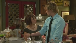 Sophie Ramsay, Andrew Robinson in Neighbours Episode 6316