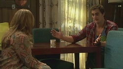 Sonya Mitchell, Kyle Canning in Neighbours Episode 6316