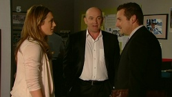 Sonya Mitchell, Supt. Duncan Hayes, Toadie Rebecchi in Neighbours Episode 6318