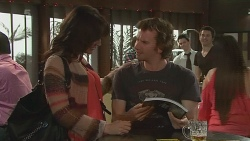 Emilia Jovanovic, Lucas Fitzgerald in Neighbours Episode 6319