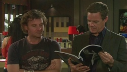 Lucas Fitzgerald, Paul Robinson in Neighbours Episode 6319