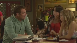 Michael Williams, Emilia Jovanovic, Natasha Williams in Neighbours Episode 6319