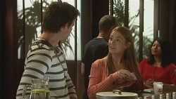 Rhys Lawson, Erin Salisbury in Neighbours Episode 6320